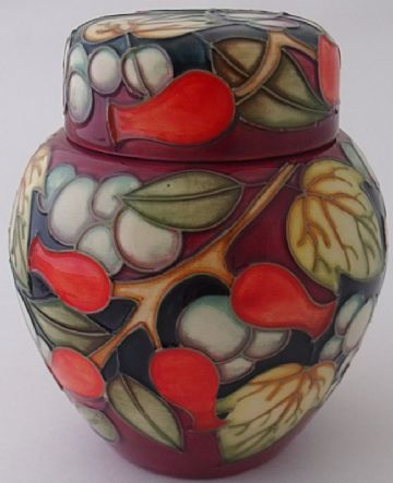 Moorcroft Pottery Lidded Jar Pot With A Leaf Design